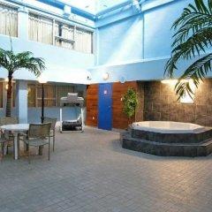 Отель Comfort Inn & Suites Downtown Edmonton фото 4
