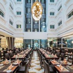 Отель Holiday Inn Bur Dubai - Embassy District питание фото 2