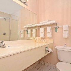 Отель Best Western Joliet Inn & Suites ванная