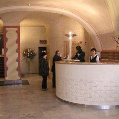 Отель Best Western Plus Hotel Meteor Plaza Чехия, Прага - 6 отзывов об отеле, цены и фото номеров - забронировать отель Best Western Plus Hotel Meteor Plaza онлайн интерьер отеля