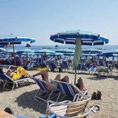 Отель Pietre di Mare Монтероссо-аль-Маре пляж