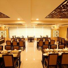 Отель Treebo Trend Blueberry Inn Индия, Райпур - отзывы, цены и фото номеров - забронировать отель Treebo Trend Blueberry Inn онлайн помещение для мероприятий