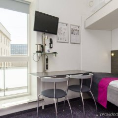 Отель Cabinn City Дания, Копенгаген - 5 отзывов об отеле, цены и фото номеров - забронировать отель Cabinn City онлайн удобства в номере фото 2