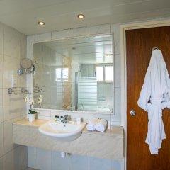 Aquamare Beach Hotel & Spa ванная