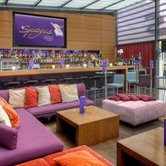 Отель Park Inn by Radisson Berlin Alexanderplatz развлечения