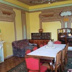 Отель Artush & Raisa B&B спа