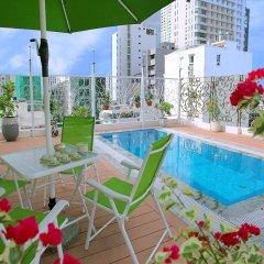 Hotel La Villa бассейн