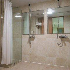 Отель GS Hotel Jongno Южная Корея, Сеул - отзывы, цены и фото номеров - забронировать отель GS Hotel Jongno онлайн ванная