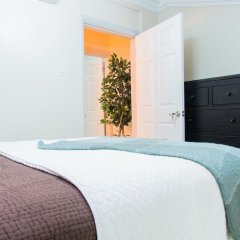 Отель Comlin Bank 13 by Pro Homes Jamaica комната для гостей