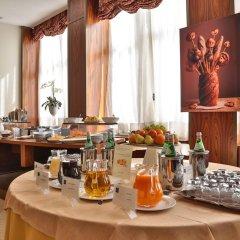 Отель Principi di Piemonte - UNA Esperienze Италия, Турин - отзывы, цены и фото номеров - забронировать отель Principi di Piemonte - UNA Esperienze онлайн питание фото 2