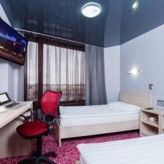 Гостиница Маринс Парк в Екатеринбурге - забронировать гостиницу Маринс Парк, цены и фото номеров Екатеринбург комната для гостей фото 5