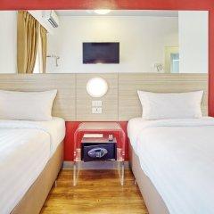 Отель Red Planet Aseana City, Manila комната для гостей фото 3
