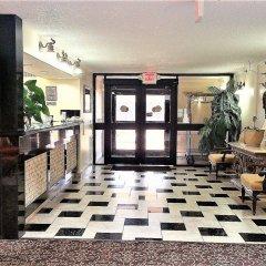 Governors Suites Hotel интерьер отеля