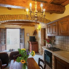 Отель Farmhouse Located in the Beautiful Aulla in Northern Tuscany Аулла фото 9
