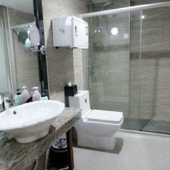 Отель Guangzhou Yu Cheng Hotel Китай, Гуанчжоу - 1 отзыв об отеле, цены и фото номеров - забронировать отель Guangzhou Yu Cheng Hotel онлайн ванная