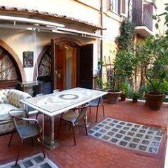 Отель Navona Gallery and Garden Suites фото 9