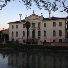 Отель Albergo Alla Campana Доло вид на фасад