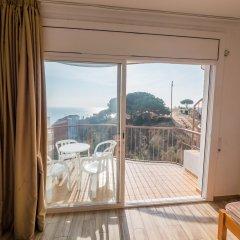 Отель Apartaments AR Muntanya Mar Испания, Бланес - отзывы, цены и фото номеров - забронировать отель Apartaments AR Muntanya Mar онлайн комната для гостей фото 2