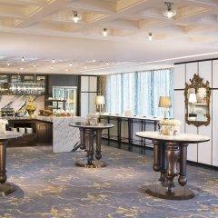 Отель Le Royal Meridien, Plaza Athenee Bangkok гостиничный бар