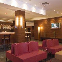 Отель Nh Salzburg City Зальцбург гостиничный бар