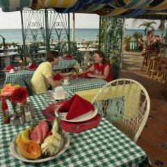 Отель Legends Beach Resort Ямайка, Негрил - отзывы, цены и фото номеров - забронировать отель Legends Beach Resort онлайн гостиничный бар
