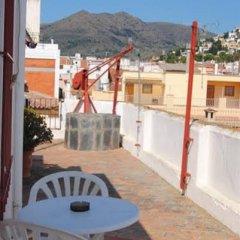 Отель Hostal Colonia B&B Испания, Курорт Росес - отзывы, цены и фото номеров - забронировать отель Hostal Colonia B&B онлайн балкон
