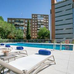 Отель Sercotel Madrid Aeropuerto Мадрид бассейн