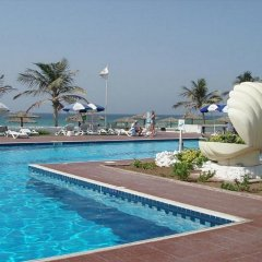 Отель Lou Lou'a Beach Resort ОАЭ, Шарджа - 7 отзывов об отеле, цены и фото номеров - забронировать отель Lou Lou'a Beach Resort онлайн бассейн