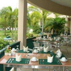 Отель The Leela Resort & Spa Pattaya Таиланд, Паттайя - отзывы, цены и фото номеров - забронировать отель The Leela Resort & Spa Pattaya онлайн питание