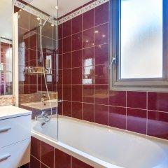 Отель Villa Luxembourg Франция, Париж - 11 отзывов об отеле, цены и фото номеров - забронировать отель Villa Luxembourg онлайн ванная фото 2
