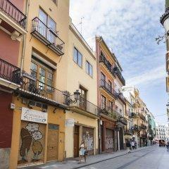 Отель Living Valencia - Bolseria Street