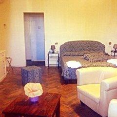 Отель San Frediano Mansion Италия, Флоренция - 1 отзыв об отеле, цены и фото номеров - забронировать отель San Frediano Mansion онлайн комната для гостей фото 3