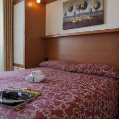 Hotel Palm Beach Римини сейф в номере