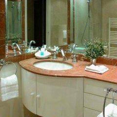 Отель Bridgestreet Champs Elysees Франция, Париж - отзывы, цены и фото номеров - забронировать отель Bridgestreet Champs Elysees онлайн ванная