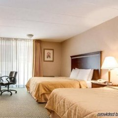 Отель Hampton Inn by Hilton Pawtucket с домашними животными