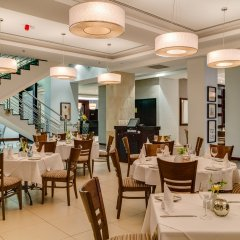 Protea Hotel by Marriott Takoradi Select питание фото 3