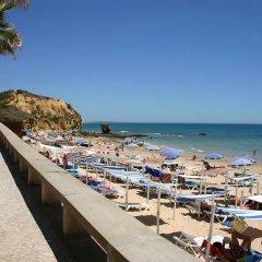 Отель Aqua Mar - Moon Dreams Португалия, Албуфейра - отзывы, цены и фото номеров - забронировать отель Aqua Mar - Moon Dreams онлайн пляж фото 2