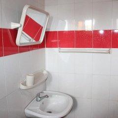 Отель Banilux Guest House Нигерия, Лагос - отзывы, цены и фото номеров - забронировать отель Banilux Guest House онлайн ванная фото 2
