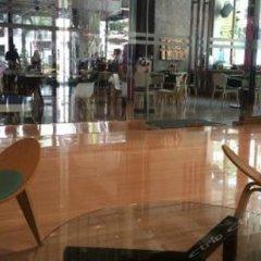 Отель W Studio Bukit Bintang Малайзия, Куала-Лумпур - отзывы, цены и фото номеров - забронировать отель W Studio Bukit Bintang онлайн гостиничный бар