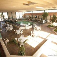 Отель Belvedere Motel США, Элкхарт - отзывы, цены и фото номеров - забронировать отель Belvedere Motel онлайн бассейн фото 2