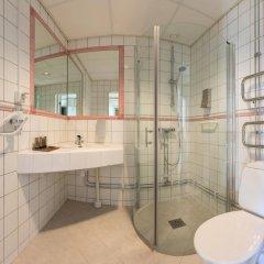 Metropole Hotel by Semarah ванная