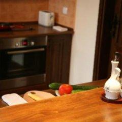 Отель Sinabovite Houses Болгария, Боженци - отзывы, цены и фото номеров - забронировать отель Sinabovite Houses онлайн удобства в номере