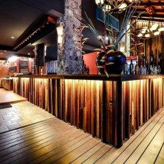 Отель Lap Roi Karon Beachfront гостиничный бар