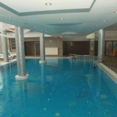 Отель MPM Guiness Hotel Болгария, Банско - отзывы, цены и фото номеров - забронировать отель MPM Guiness Hotel онлайн бассейн фото 3