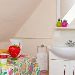 Отель Strawberry Fields Великобритания, Кемптаун - отзывы, цены и фото номеров - забронировать отель Strawberry Fields онлайн ванная