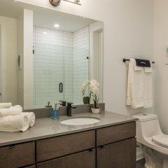 Отель West Side Apartments США, Колумбус - отзывы, цены и фото номеров - забронировать отель West Side Apartments онлайн ванная