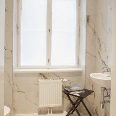 Отель 6 Rooms - Garnisongasse Австрия, Вена - отзывы, цены и фото номеров - забронировать отель 6 Rooms - Garnisongasse онлайн ванная