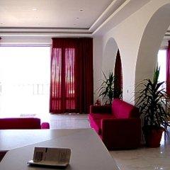 Smaragdine Beach Hotel интерьер отеля