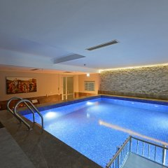 Holiday Inn Bursa Турция, Улудаг - отзывы, цены и фото номеров - забронировать отель Holiday Inn Bursa онлайн бассейн фото 3