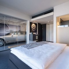 Отель V8 Hotel Koln @MOTORWORLD, an Ascend Hotel Collection Member Германия, Кёльн - отзывы, цены и фото номеров - забронировать отель V8 Hotel Koln @MOTORWORLD, an Ascend Hotel Collection Member онлайн комната для гостей фото 5